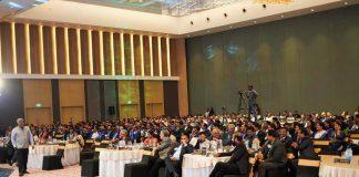 Ashish Vidyarthi with the BNI Kochi crowd