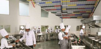 catering-sector-with-a-loss-of-rs-10-thousand-crore