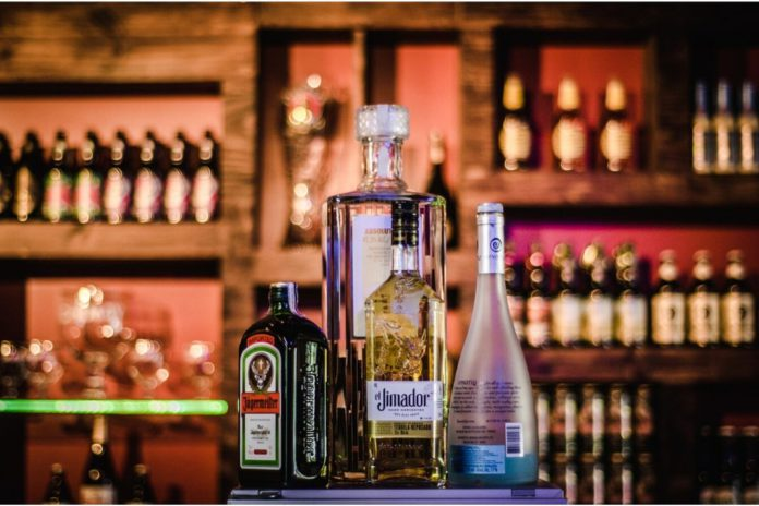 liquor home delivery to begin in mumbai