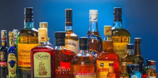 States should consider home delivery of liquor : Supreme Court