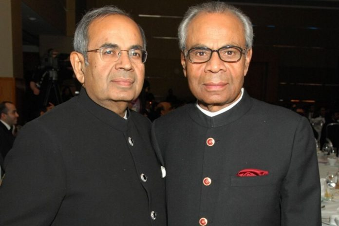 hinduja-brothers-fight-over-family-assets