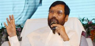 Rules soon to block cheap imports from China: Ram Vilas Paswan