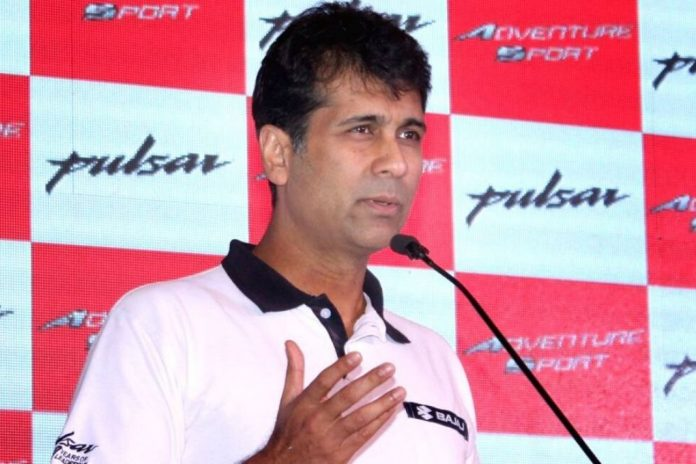 Rajiv Bajaj questioned the extension of lockdown