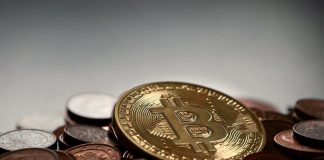 Bitcoin scam : hackers swindled Rs 89 lakh from Twitter users