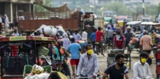 india-recovery-depends-on-controlling-virus-warns-moody-s-chairman