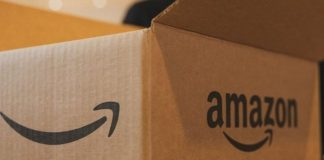 Amazon in talks to buy 9.9 % in reliance retail arm